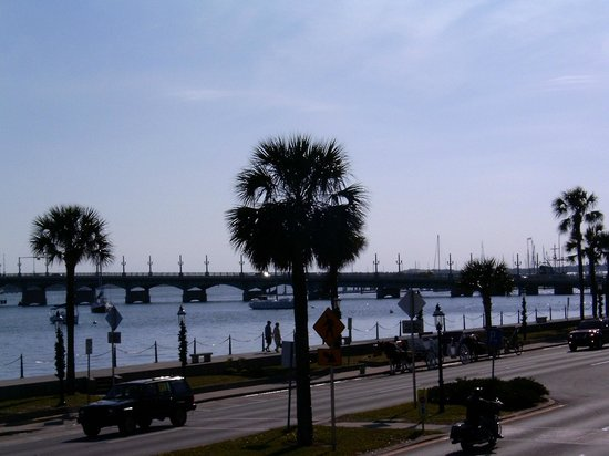 BEST WESTERN Bayfront: View from the deck looking toward the Bridge of Lions