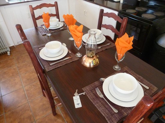 De Hoop Collection Nature Reserve: Dining table and set up in Steenbok cottage