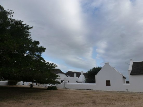 De Hoop Nature Reserve Cottages: Well maintained and renovated buildings