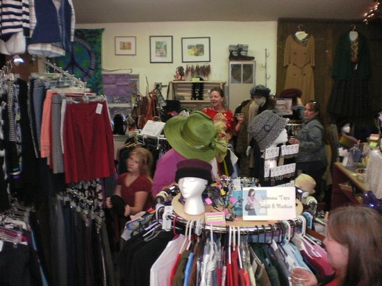 Clothespins Consignment Boutique: Lots of great finds at Clothespins!