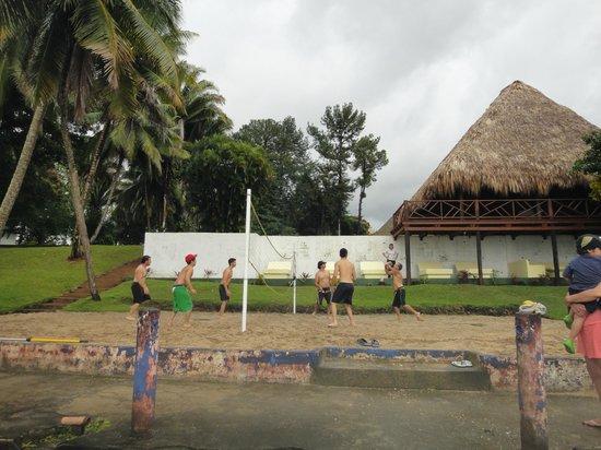 Hotel Marina & Yacht Club Nana Juana: cancha de volley ball