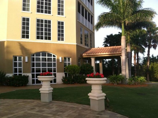 The Westin Cape Coral Resort At Marina Village: Hotel Grounds