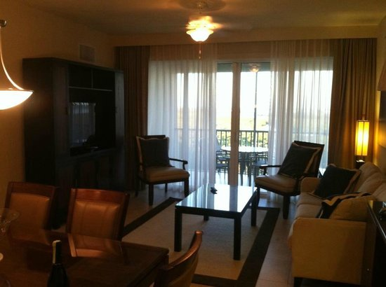 The Westin Cape Coral Resort At Marina Village: Living Room