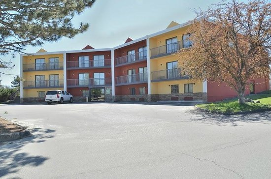 Quality Inn & Suites Worcester: Hotel