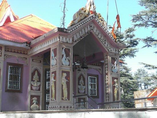 Shimla, Indien: Entrance to temple