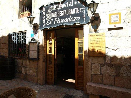 Asador El Panadero: fachada principal