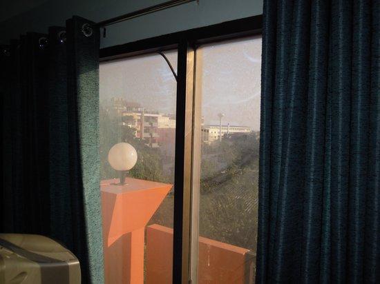 Cha-Ba Chalet Hotel: 部屋の窓