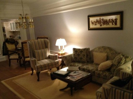 Powerscourt Hotel, Autograph Collection: living room