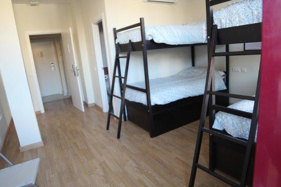 Grand Luxe Hostel : Habitación