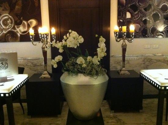 Sofitel Legend The Grand Amsterdam: Orchids and candles