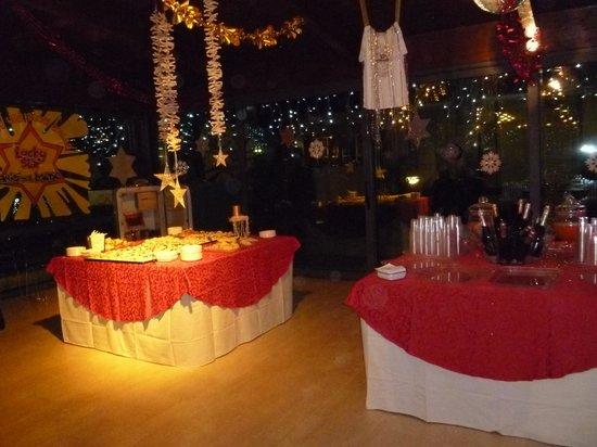 Hotel Baltic: Sala buffet aperitivo e dolci Capodanno