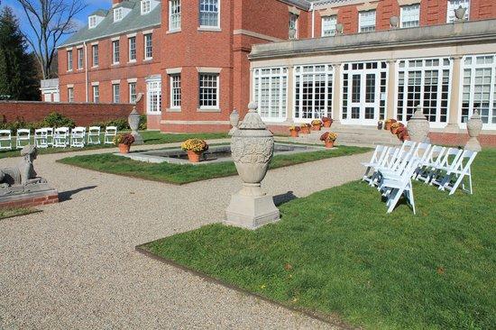 Allerton Park & Retreat Center: Mansion Wedding