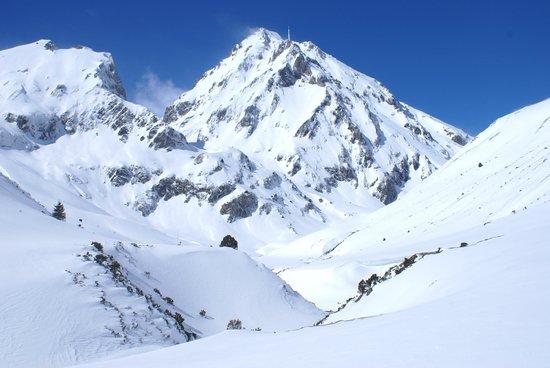 Pyrénées-Autrement : Raquettes vers le Pic du Midi de Bigorre