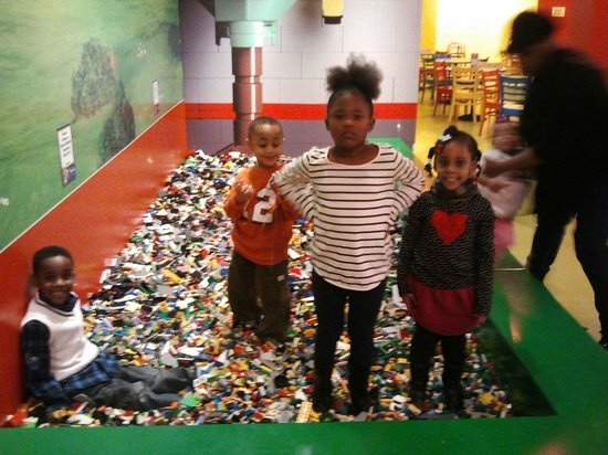 Legoland Discovery Center Funtime At Lego Land In Kcmo