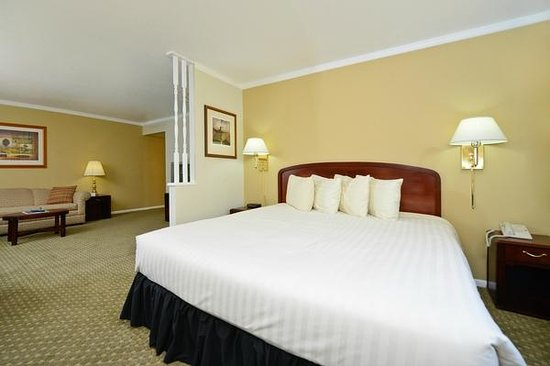 Americas Best Value Inn Missoula: Exectutive Suite