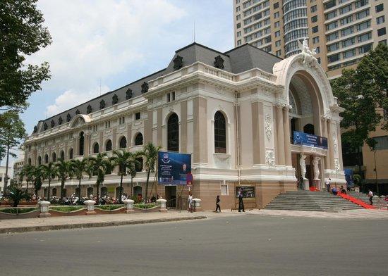 Park Hyatt Saigon: The Opera House (very nearby)