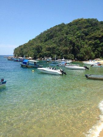 Angra Dos Reis, RJ: Praia Araçatuba