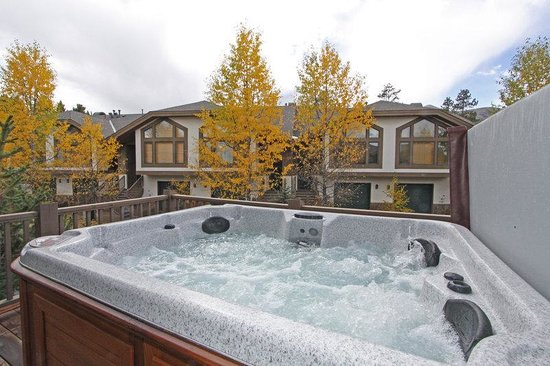 One Breckenridge Place: Private Hot Tub