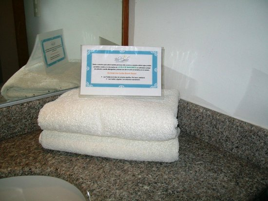 Isla Caribe Beach Hotel: Towels