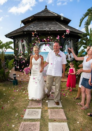 Blue Waters Antigua: Our wedding day!