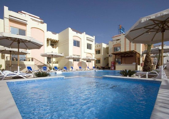 4S Hotel: Swimming Pool