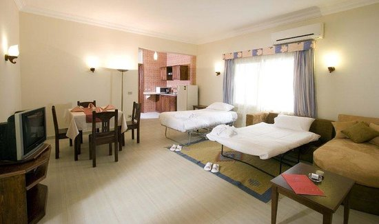 4S Hotel: Executive Suite With VIPTreatment