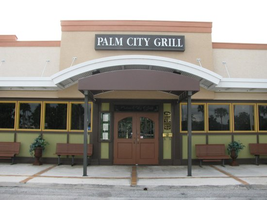 Palm City Grill: Martin Downs Location