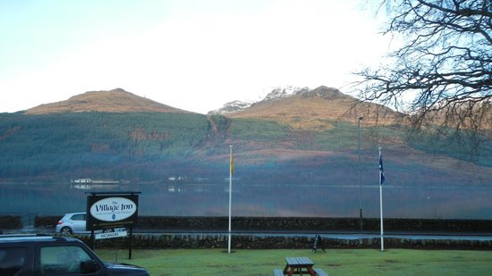 The Village Inn: Loch Long.