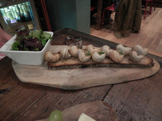Champagne+Fromage - Covent Garden: Snails!