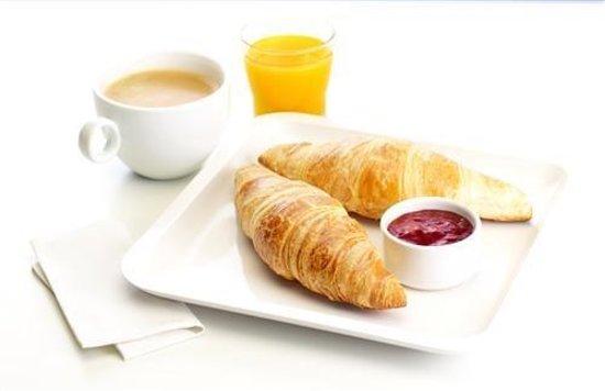 Première Classe Marseille - Vitrolles Anjoly : Breakfast