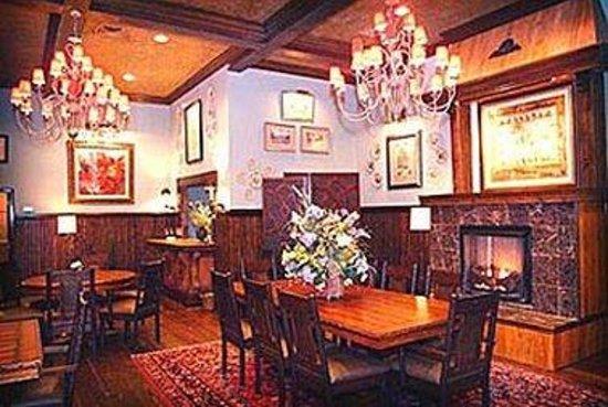 Highlands Inn: Guest Room