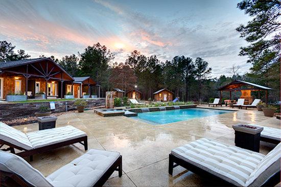 Deer Lake Lodge Resort & Spa: Pool