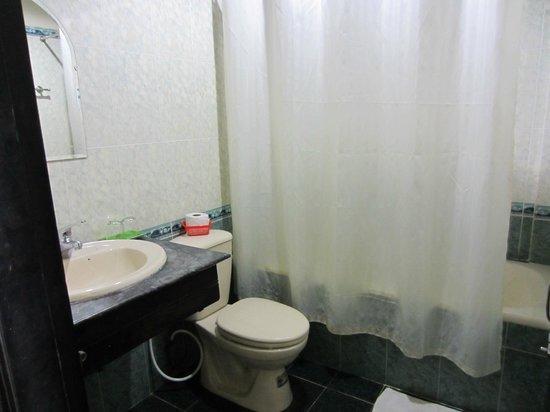 هاي أو هوتل: Bathroom 