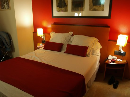 H10 Raco Del Pi: room 109
