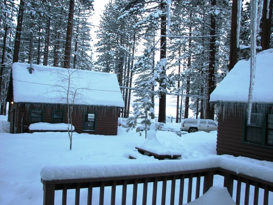 Zephyr Cove Resort: Sunday morning snowfall and view from porch