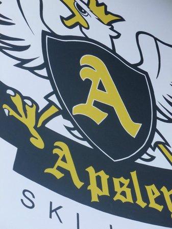 The Apsley Ski Lodge: Niederau Xmas 2012
