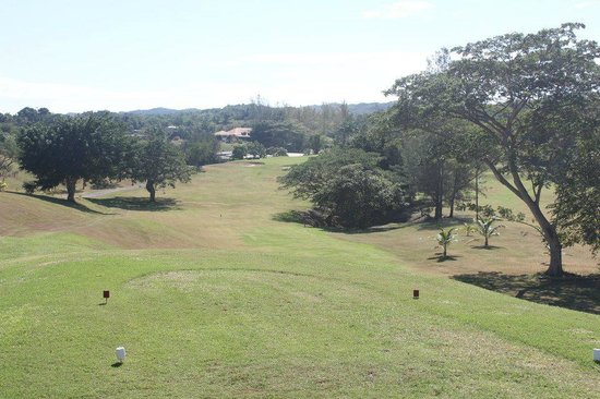 Negril Hills Golf Club: Challenging and fun