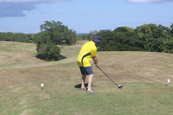 Negril Hills Golf Club: golfing in sandals I love it