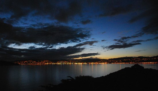 Matiu / Somes Island : View back to Wellington from Matiu/Somes island at dusk