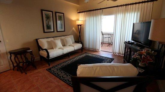 Grande Bay Resort: 1 & 2 Bedroom Living Room