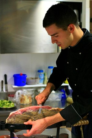 Agriturismo Gattogiallo: Lo chef al lavoro