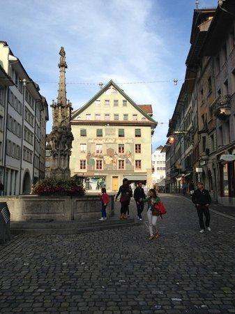 Hotel Krone Luzern: square outside hotel