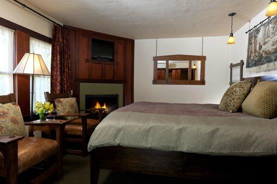 Blackbird Inn - A Four Sisters Inn: Guestroom 7