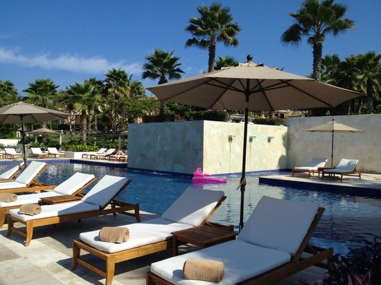 The St. Regis Punta Mita Resort: Adult pool
