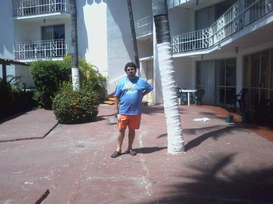 El Tropicano Acapulco : El Tropicano habitaciones al fondo