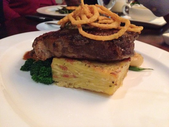 Waypoint Seafood and Grill: Steak is good if you're not in the mood for seafood