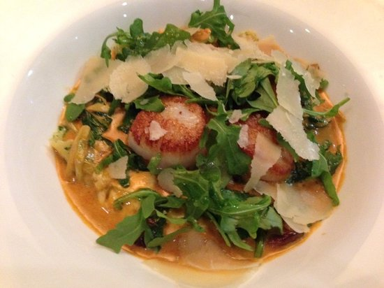 Waypoint Seafood and Grill: Shrimp, chicken or scallops can be added to the pasta (scallops shown here)