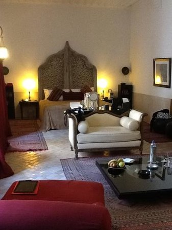 Riad Farnatchi: the room i stayed in. gorgeous w a huge bathroom!