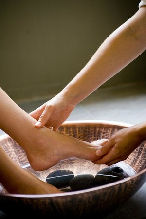 The Spa at Dolphin Bay : Spa Pedicure Foot Massage
