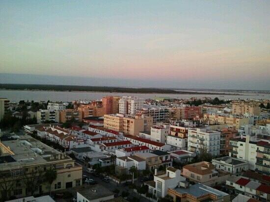 Hotel Guadalquivir: Sanlúcar y Doñana desde la 601